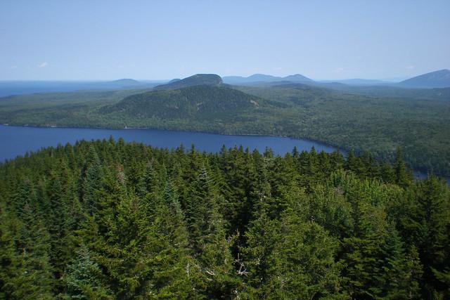 Moosehead Lake:The archipelago of New England