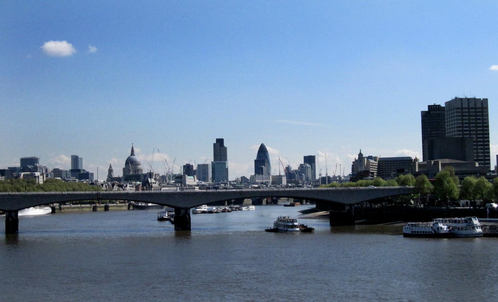 London 323
