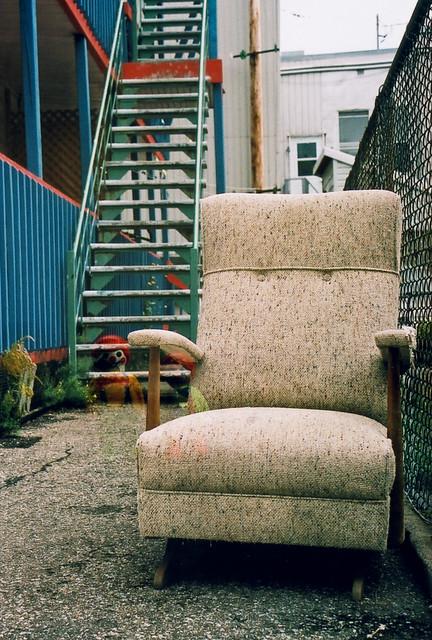 Le fauteuil et les 2 clowns playmobil