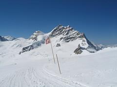 Po dvouhodinové prohlídce útrob na Junfraujochu míříme k chatě…