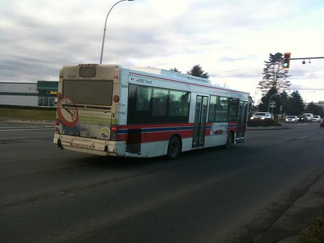 BC Transit bus on Cliffe