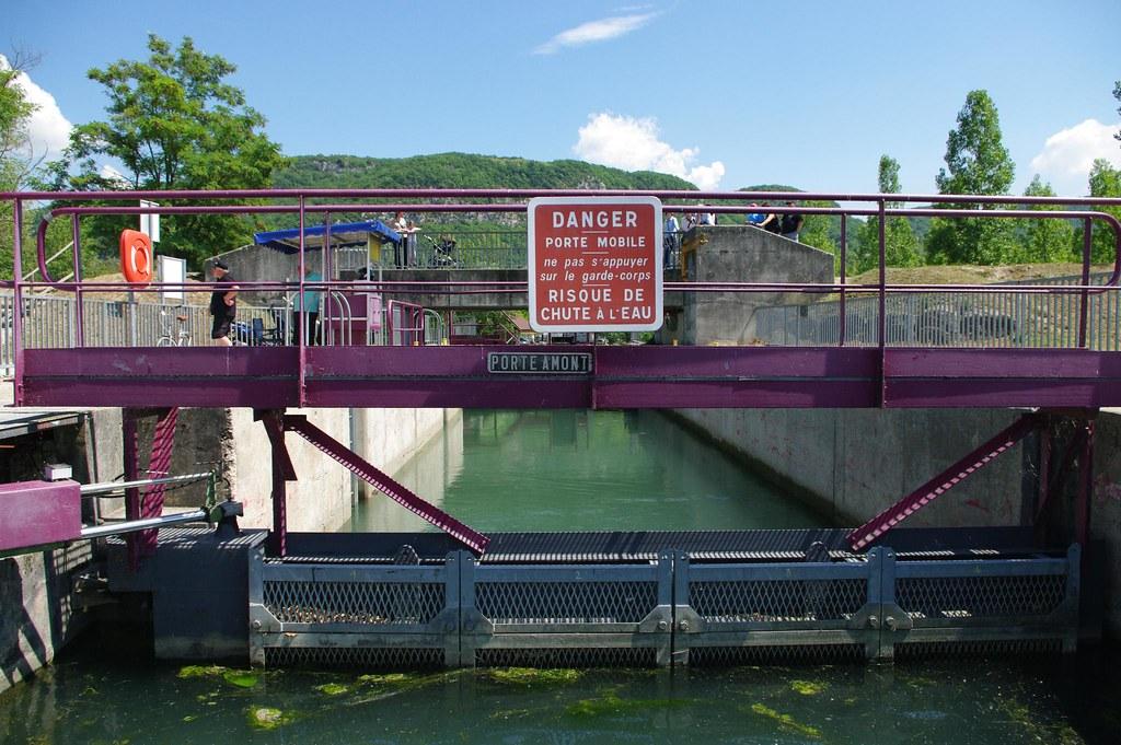Canal de Savières - Ecluse vers le Rhône