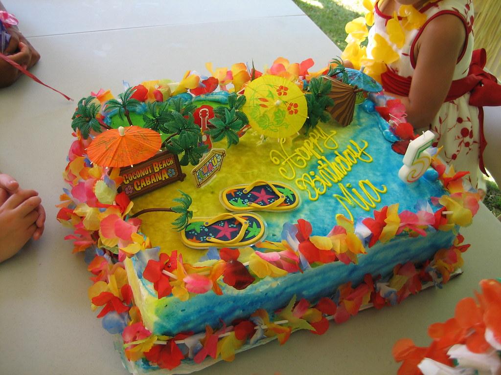 Mias Hawaiian Luau Birthday Party Cake