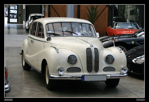 1954 - 1961 BMW 502 (02)   The BMW 501 was a large six ...