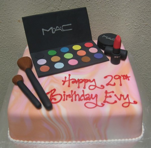 Outstanding M A C Cosmetics This Birthday Cake Was For A Make Up Artis Flickr Personalised Birthday Cards Sponlily Jamesorg