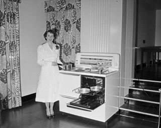 Marilyn demonstrating electric stove, 1949 | by Seattle Municipal Archives