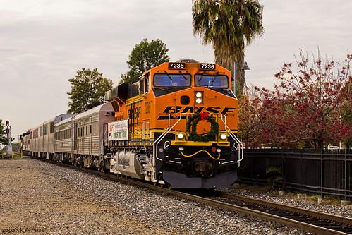 california christmas train canon trains canondslr bnsf locomotives railroads canon70200f4l upland inlandempire alltrains uplandcalifornia kenszok