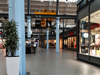 Swindon ... outlet. | by bazzadarambler