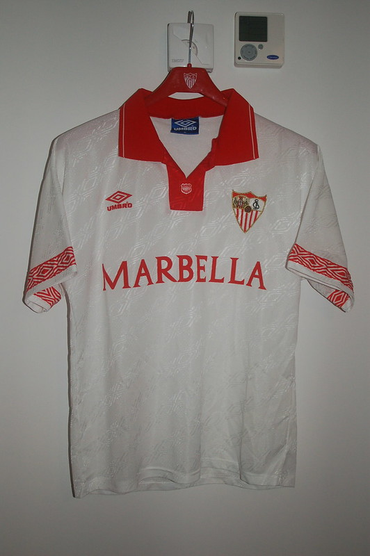 Home shirt 1995-1996, Umbro (front)