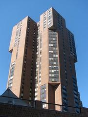 Waterside Plaza Tower
