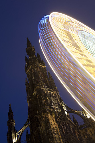 Ferris wheel & Hogmanay | by VisitBritain Images