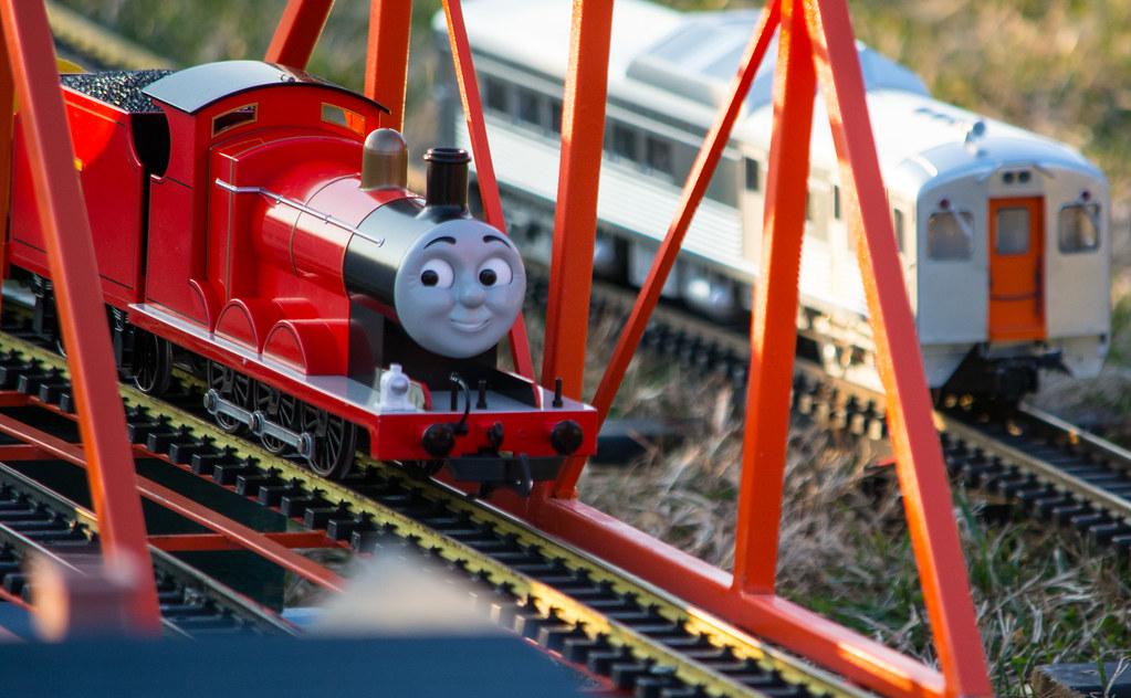 Thomas The Train Christmas Tree.Thomas The Tank Engine Blurry National Christmas Tree