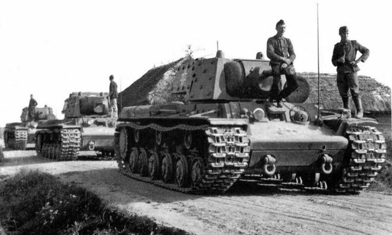 Capturé KV-1E