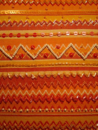 amarelo-laranja-vermelho-bordado