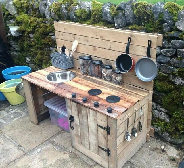 Warming Outdoor Kitchen Ideas Blend with Finest Exterior Styles