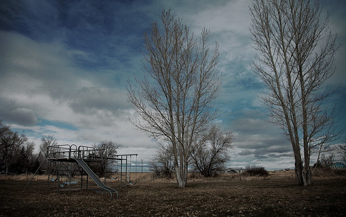 trees winter usa cold fall playground america unitedstates eerie swing idaho american lonely hollister backroom