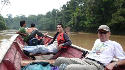 Thu, 01/17/2008 - 03:00 - L-R: Beto Vicentini (Manaus plot leader), Alvaro Perez (Yasuni project coordinator) and Renato Valencia (Yasuni plot leader). Yasuni National Park. Credit: CTFS