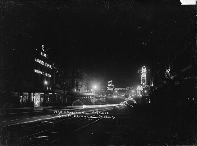 Queen Street, Auckland, illuminated in celebration of peace after World War I, 1918 - Alexander Turnbull Library