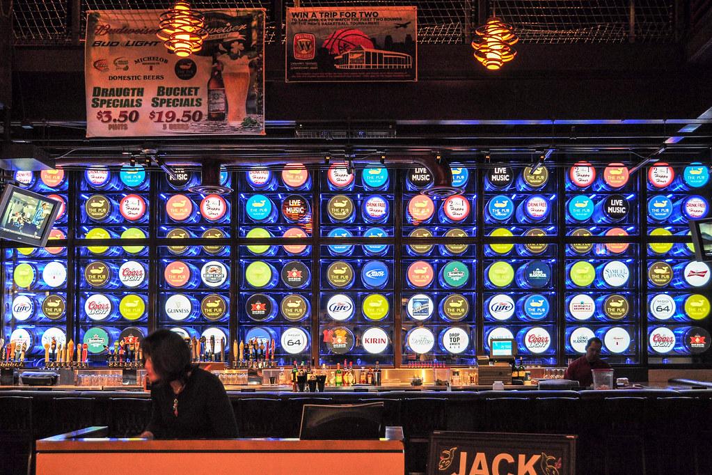 The Pub at Monte Carlo Las Vegas | March 8, 2010 (by klk