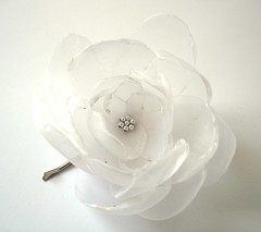 SWEET SNOW WHITE BIG ROSE BLOSSOM FLOWER BOBBY PIN | by ayawedding