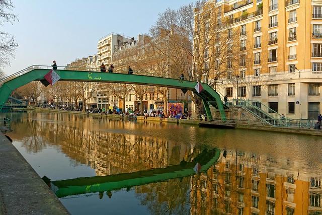Paris / Canal Saint-Martin /  Passerelle Richerand