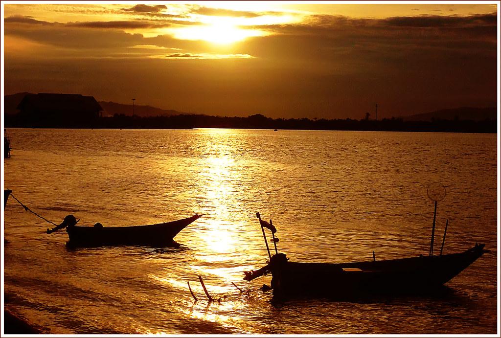 Perahu Sudah Di Air Pendayung Sudah Di Tangan Ni Gambar L Flickr