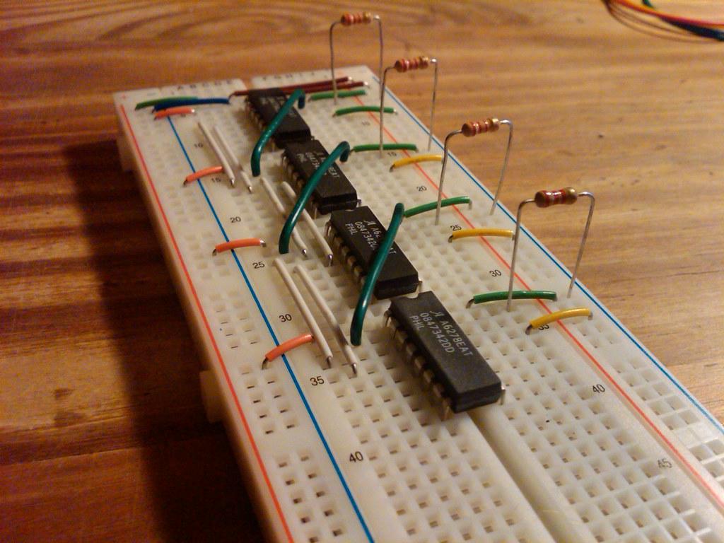 Seven segment display circuit