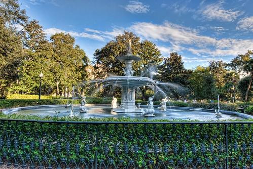 park sculpture water fountain georgia geotagged nikon savannah hdr topaz historicdistrict photomatix tonemapped d80 dougjohnson topazadjust geo:lat=32069335 geo:lon=81095644 bigjohnsonphotoblogspotcom