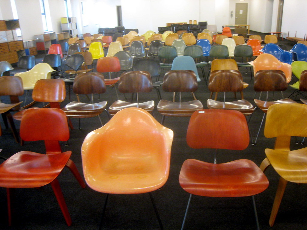 Superb Mid Century Modern Eames Chairs I Went To Another Auction Gmtry Best Dining Table And Chair Ideas Images Gmtryco