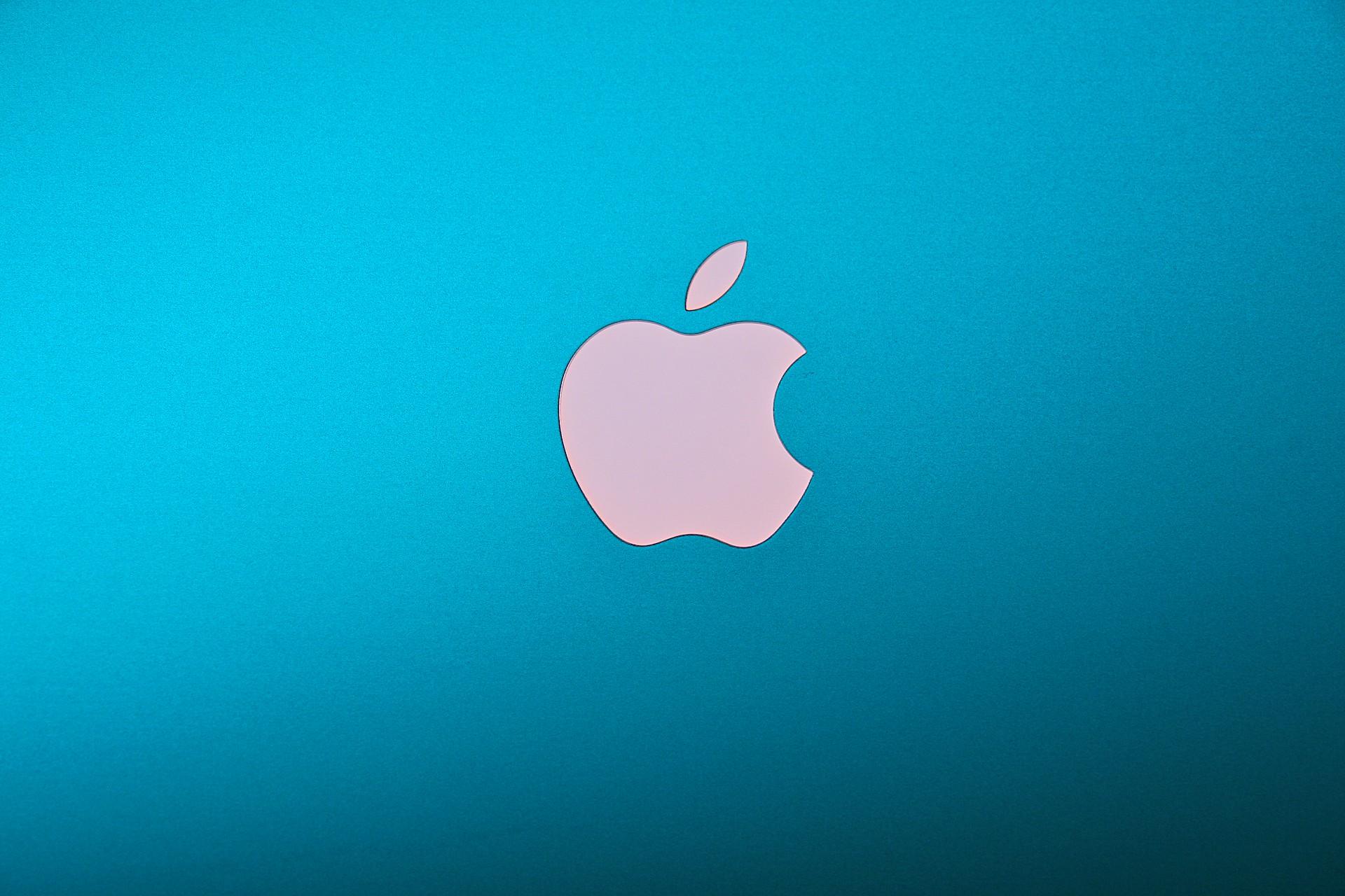 Apple MacBook Pro Color