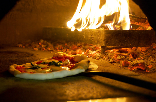 Cooking Pizza Napoletana STG