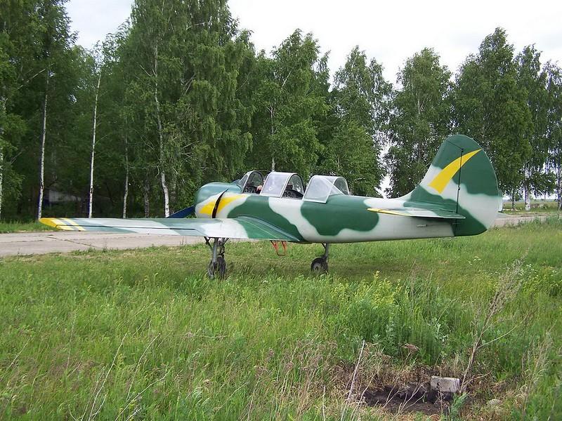 Yak-52 2