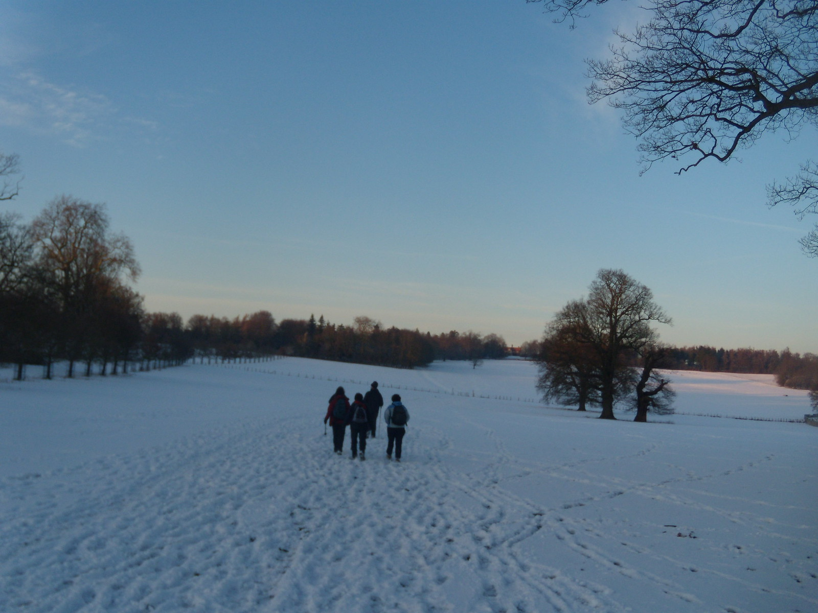 On through the snow Hever to Leigh