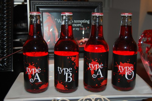Red Crush with Drink Labels | New Moon Party: Twilight Saga | by Kendall's Entertaining Life
