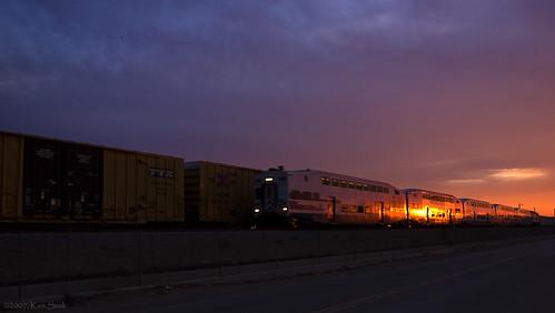 california sunrise canon lowlight socal metrolink canondslr alltrains commutertrains sbcusa kenszok