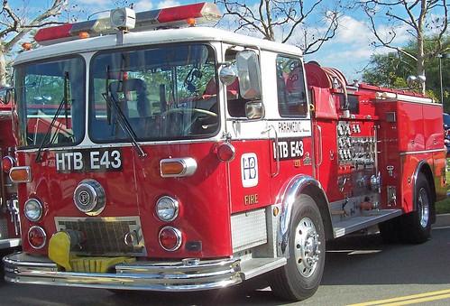 Huntington Beach FD (CA) Engine 43