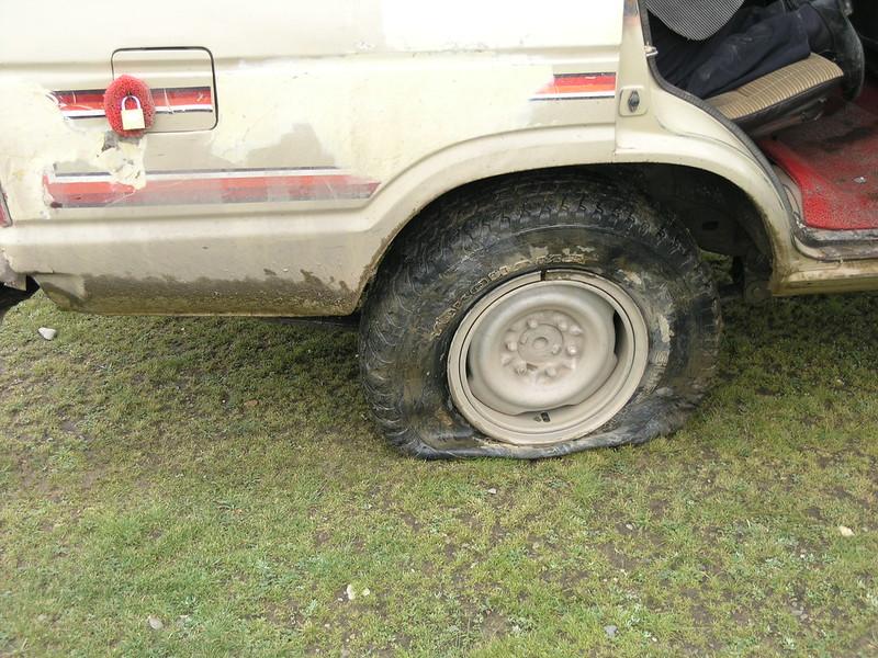 Ein platter Reifen!