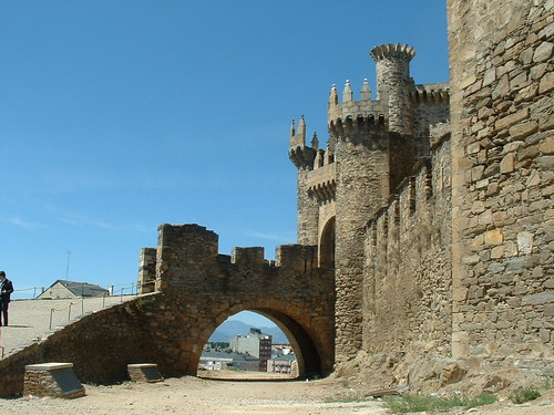 Castillo Pontferrada Knights Templar Castle | by AndyRobertsPhotos