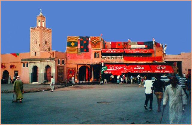 Marrakech  : place Jemaa-el-Fna