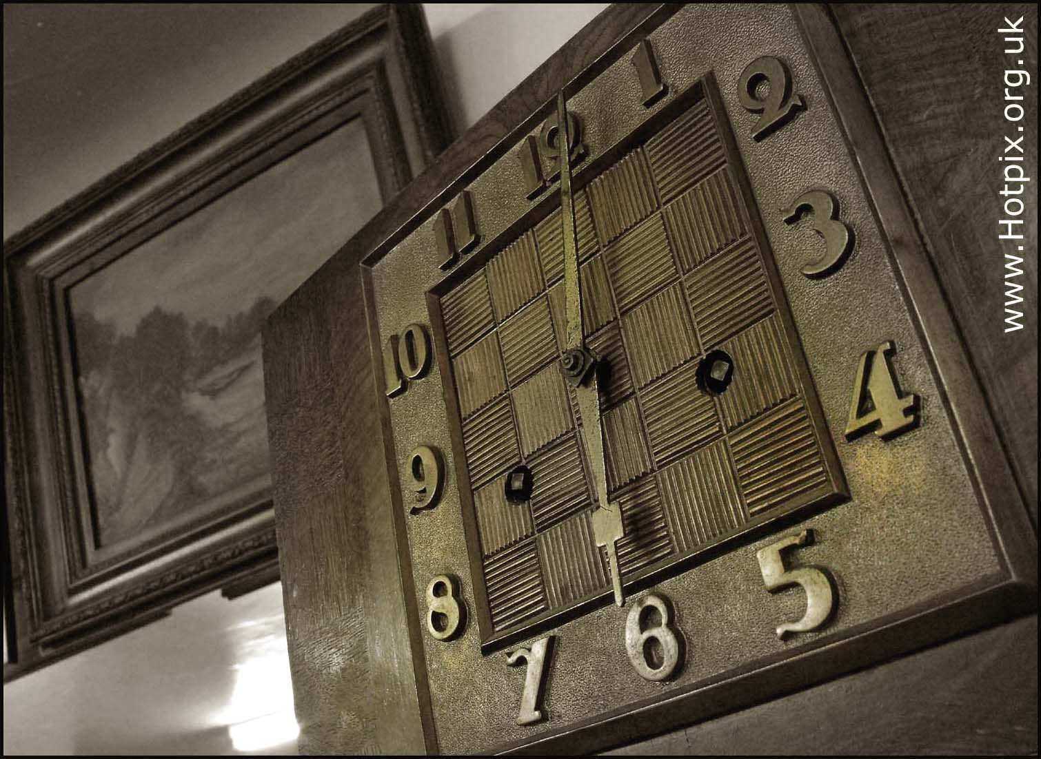 old,granny,grannies,clock,time,piece,timepiece,antique,mantle,england,smiths,wood,metal,sepia,b/w,black,white,brass,hands,numbers,numerals,living,room,picture,wooden,mantel,edwardian,english,british,empire,this photo rocks,clocks,horloge,reloj,orologio,Taktgeber,hotpics,hotpic,hotpick,hotpicks,stillife,stilllife,still,life,stuff,sex,sexy,hotpix!