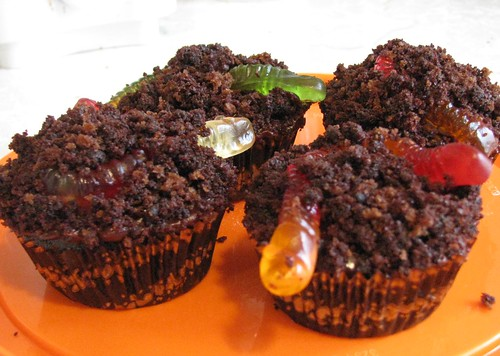 """""""Dirt"""" Cupcakes 