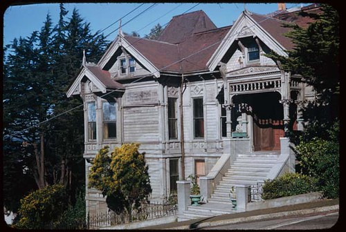 Old house at NW corner of Lyon and Pacific. San Francisco. | by IMLS DCC