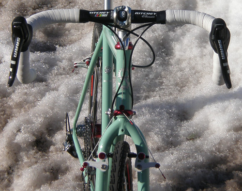 "<p>Front view of Chad's Rock Moss Green Gunnar Grand Tour posed in a Chicago area snow bank eager for summer (58221)<br /> <br /> gunnarcycles<br /> gunnarbikes <br /> <a href=""http://gunnarbikes.com"" rel=""nofollow"">gunnarbikes.com</a></p>"