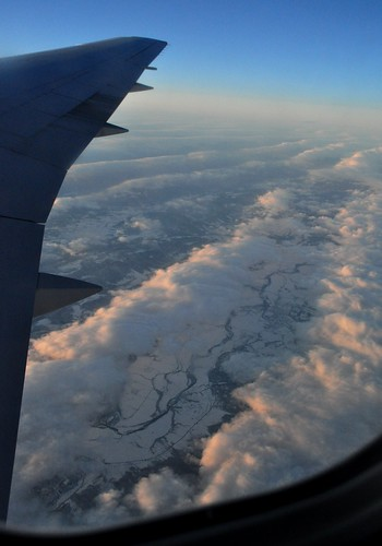 sky snow clouds river geotagged horizon wing aerial westvirginia airborne windowframe continentalairlines southbranchpotomacriver geo:lat=38967551 geo:lon=79029636