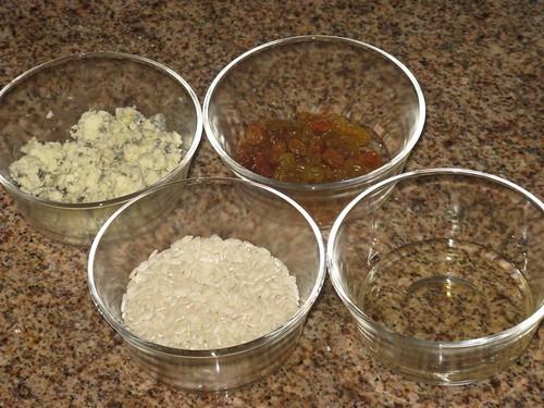 Risoto de Gorgonzola com Passas - ingredientes | by Lu Monte