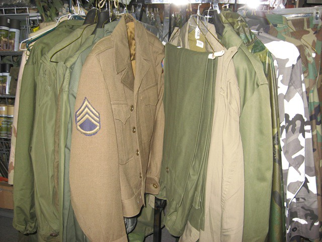 Ike Jacket at Military Surplus Store in Louisville Ky Army… | Flickr