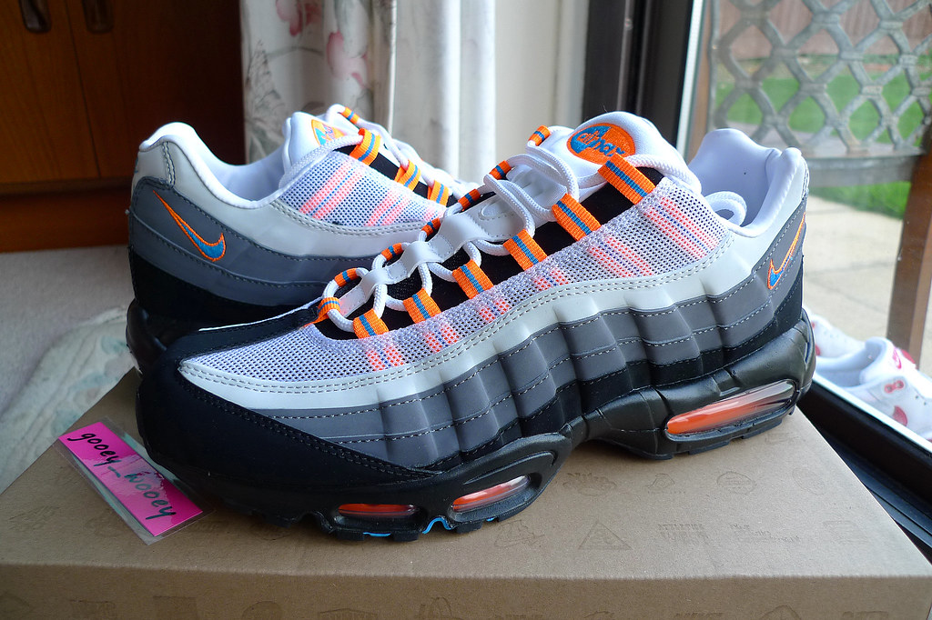Nike Air Max 95 Neptune Blue Total Orange Jd Sports Ex Flickr
