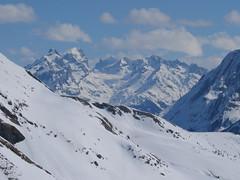 Vyvážíme se do 2500 m a cestou obdivujeme masiv Wetterhornu