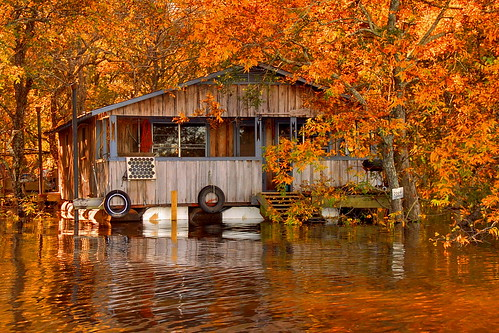 Floating camp on the Ouachita River by FinchLake | by finchlake2000