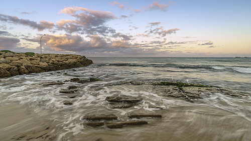 ocean longexposure light sea seascape water clouds sunrise landscape outdoors dawn scenery rocks jetty sony scenic australia wideangle coastal alpha za westernaustralia daybreak carlzeiss burnsbeach a99 sal1635z variosonnar163528za variosonnart281635 slta99 stevekphotography